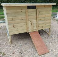 5ft x 3ft  POULTRY HOUSE